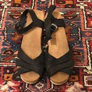 Toms Beatrix Clogs Sandals
